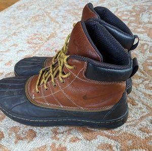 eb2a6c9286f Nike ACG Woodside duck boot